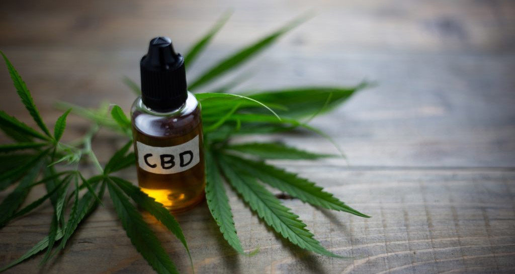 CBD Oil -Why the use of CBD oil is growing in popularity
